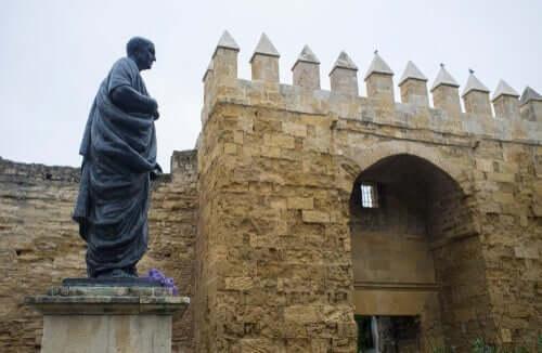 Standbeeld van Seneca in Cordoba, Spanje
