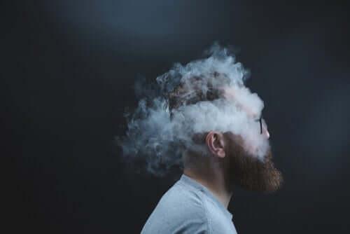 Een afbeelding van een man met rook om zijn hoofd