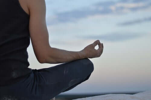 De relatie tussen lichaam, geest en meditatie