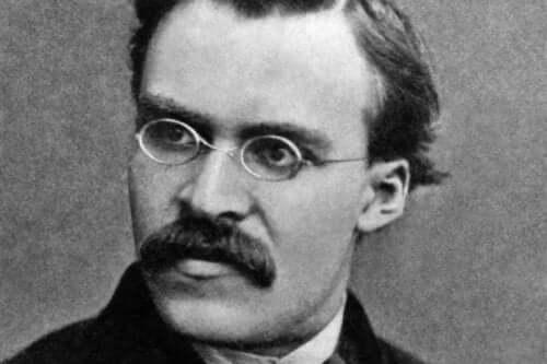 Een zwart-wit-afbeelding van Nietzsche