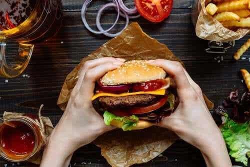 De negatieve invloed van junkfood op de hersenen