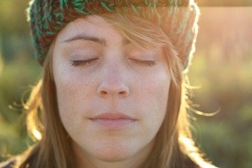 De rozijnenoefening kan jou helpen om te ontspannen