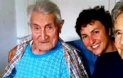 De 101-jarige man die het coronavirus overleefde