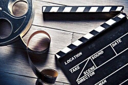 Een filmrol en een klapbord
