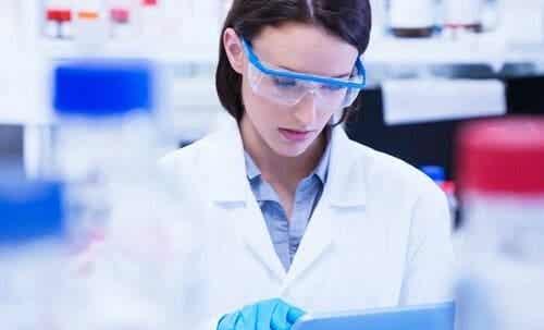 Vrouwen en meisjes in de wetenschap