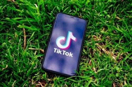 De psychologische effecten van TikTok