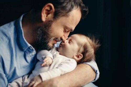 Vader worden kan zorgen voor hormonale veranderingen