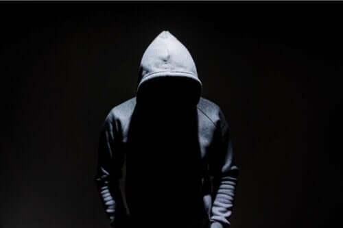Anomie wordt vaak in verband gebracht met misdaad