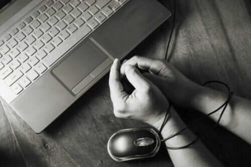 meestvoorkomende gedragsverslavingen zoals internetverslaving