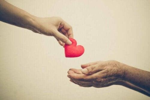 Prosociaal gedrag: help jij vanuit empathie of angst?
