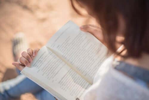 De stimulatie die in je hersenen plaatsvindt als je leest is erg hoog
