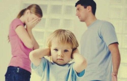 Bij elkaar blijven voor de kinderen is een vergissing