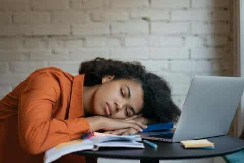 Overmatige vermoeidheid (hypersomnia)