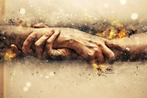 De psychologie van heldhaftigheid en moedige gedragspatronen