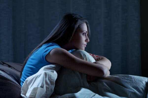 Waarom voel je je moe maar kun je niet slapen?
